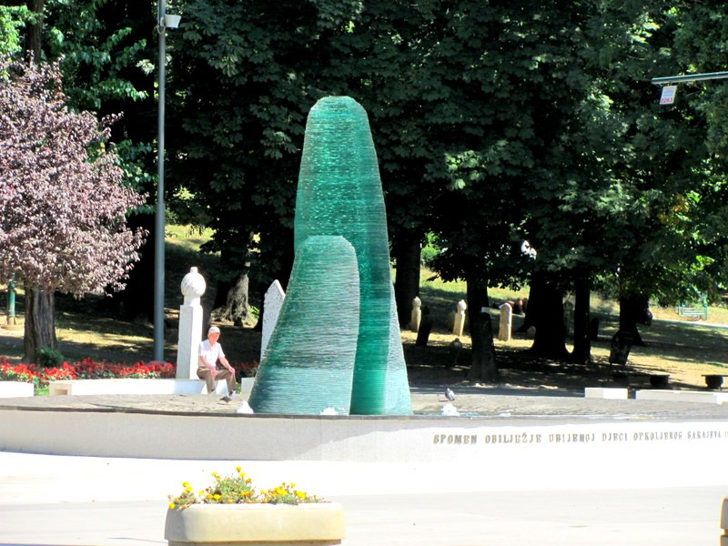 sarajevo, memorial, children, seige,
