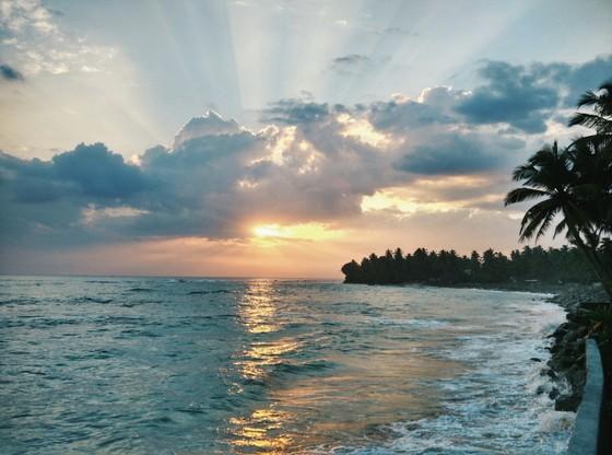 Guide to Unawatuna sunsets