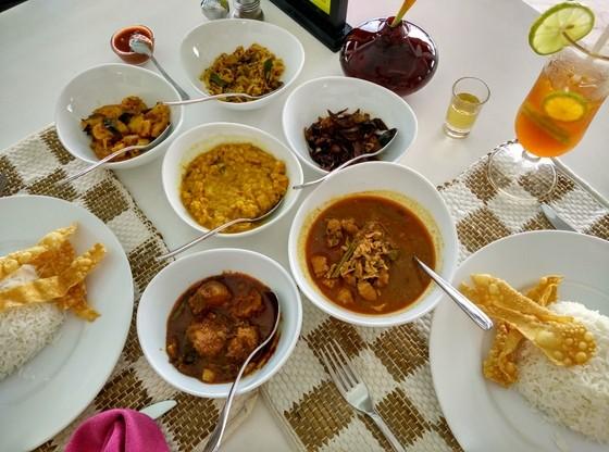 sri lankan curry cantaloupe aqua