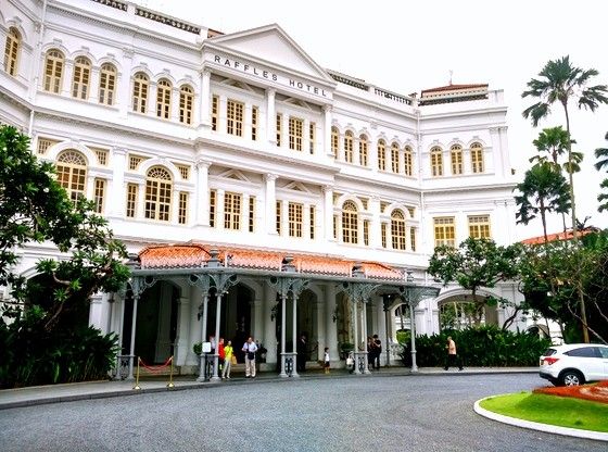 raffles singapore review iconic hotel