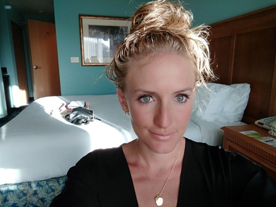 travel makeup stowaway review
