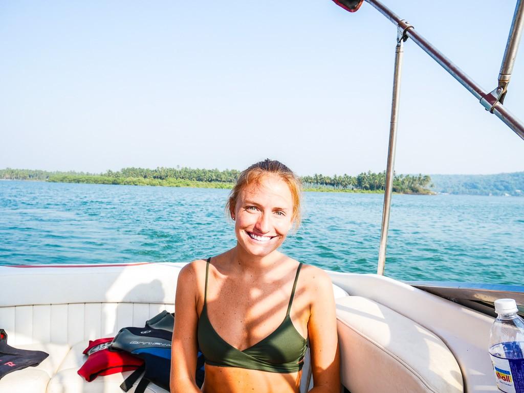 vaayu boat rental