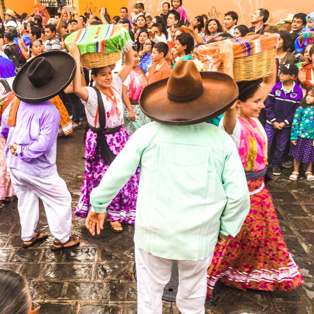 traditional dancing oaxaca mexico
