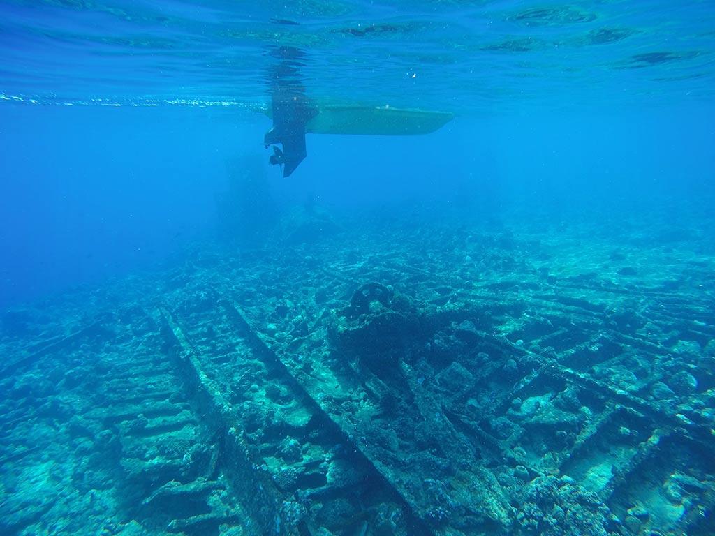 Anchor point shipwreck near Gaafaru, Maldives