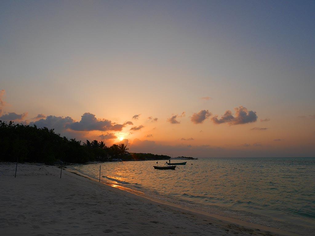 Sunset dinner, Gaafaru, Maldives
