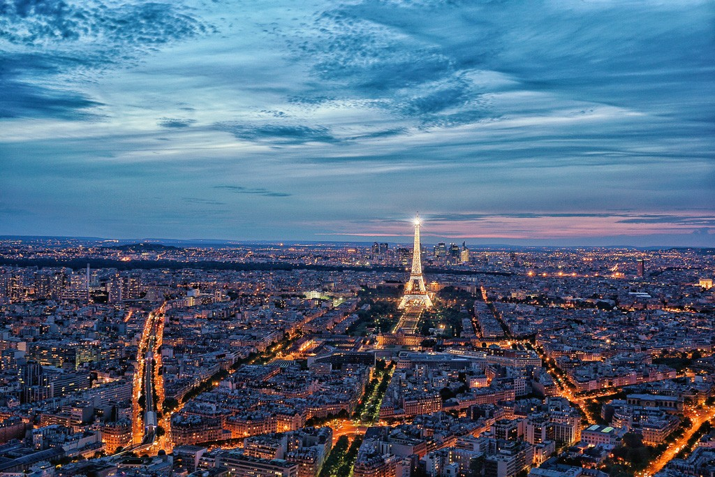 cheap flights to paris with next vacay