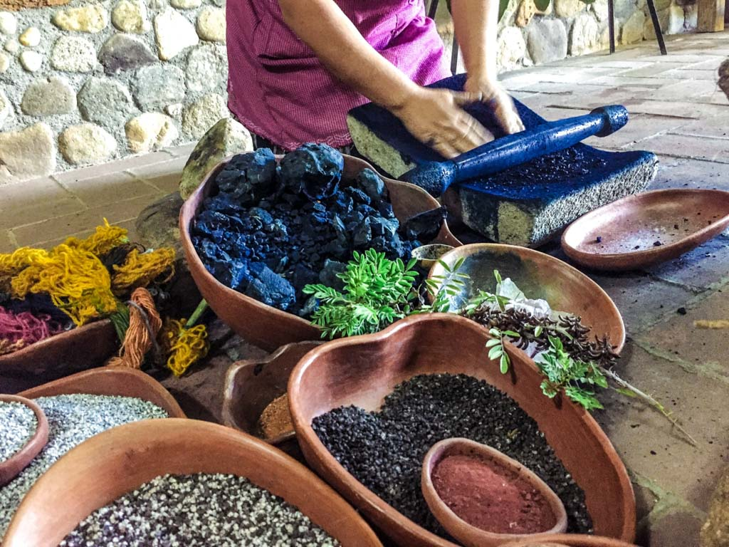 oaxaca natural dyes