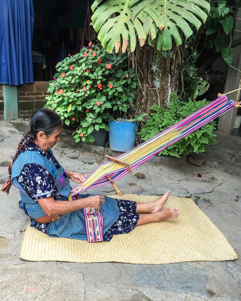 oaxaca traditional weaving