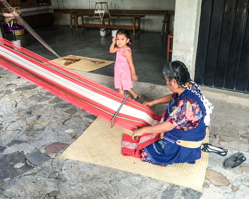 oaxaca weaving backstrap loom