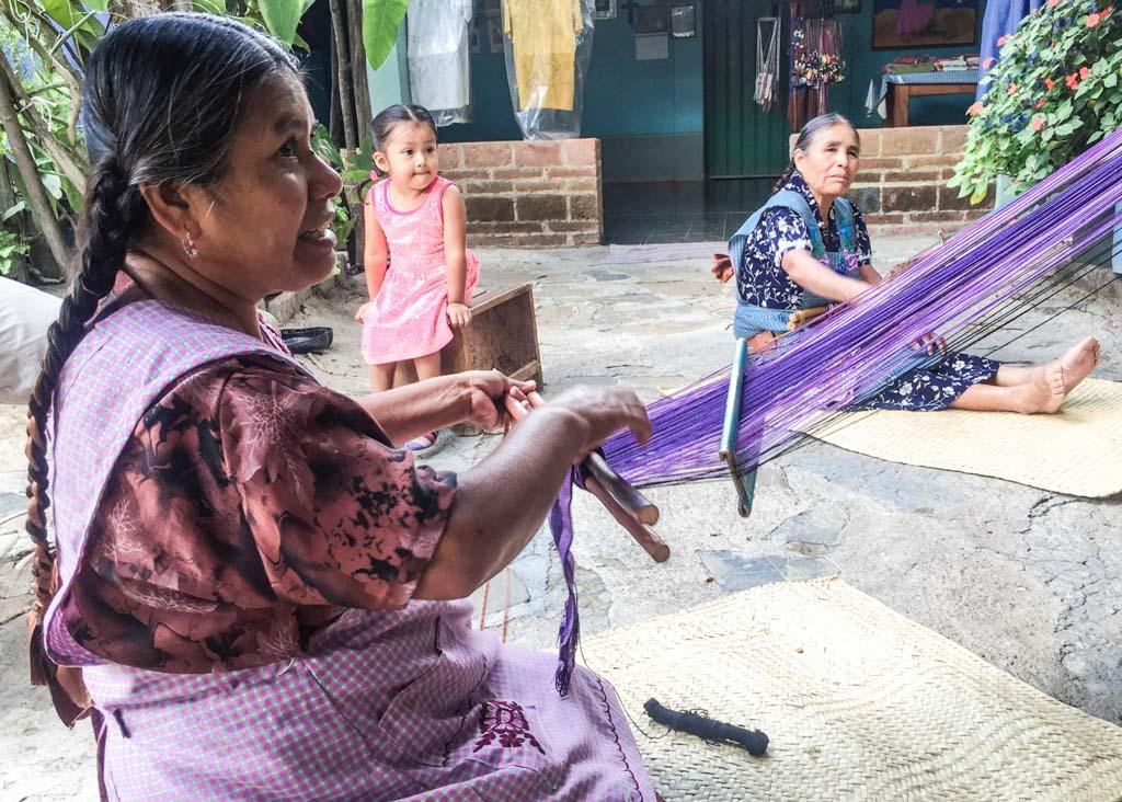 santo tomas jalieza weaving oaxaca