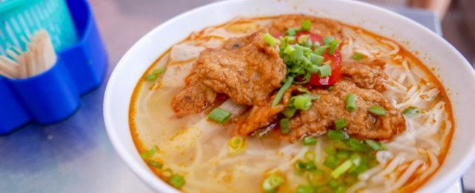 fish cake noodles danang