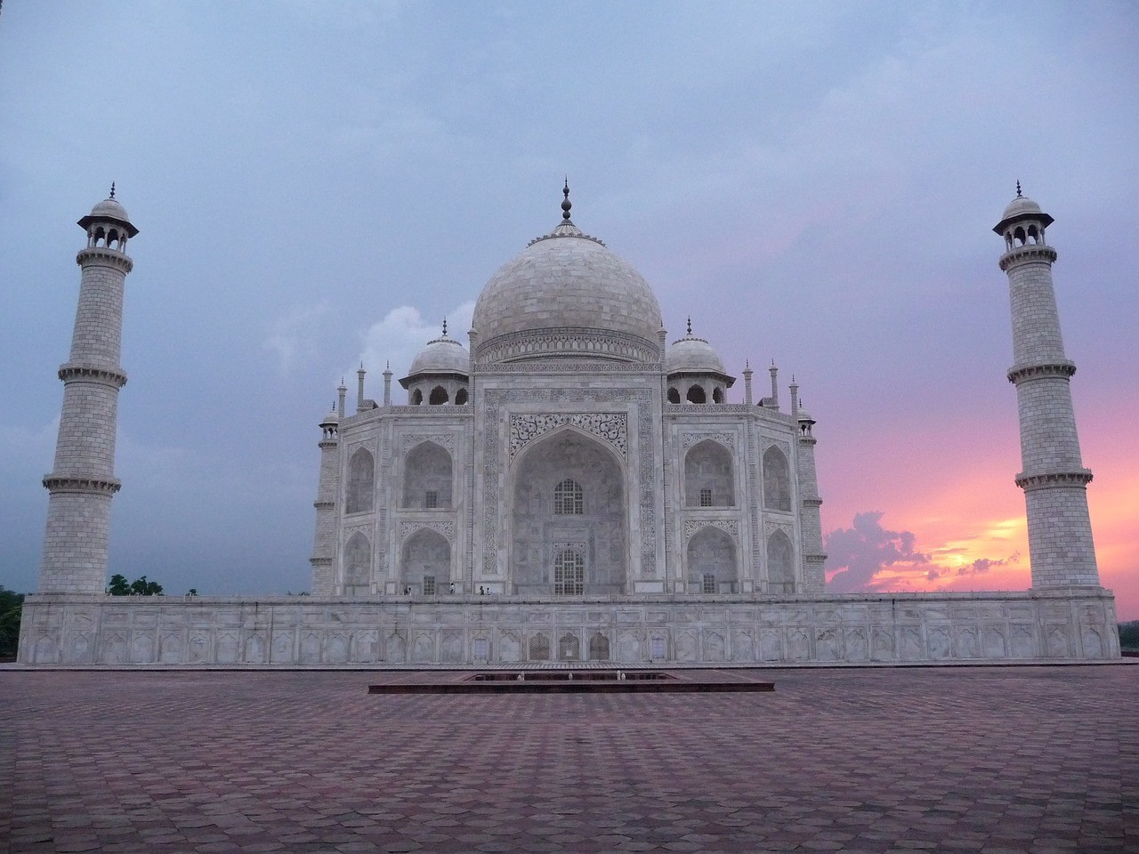 Delhi to Agra: How to Make a Day Trip to the Taj Mahal from Delhi