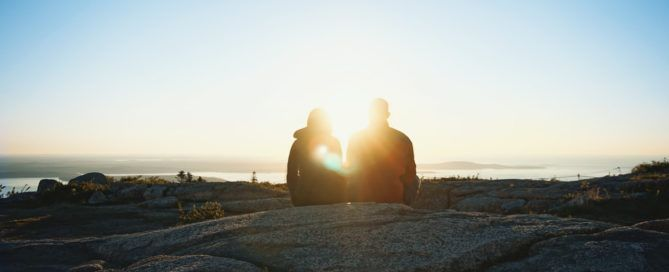 Dating Abroad: Should You Try Travel Dating Sites?
