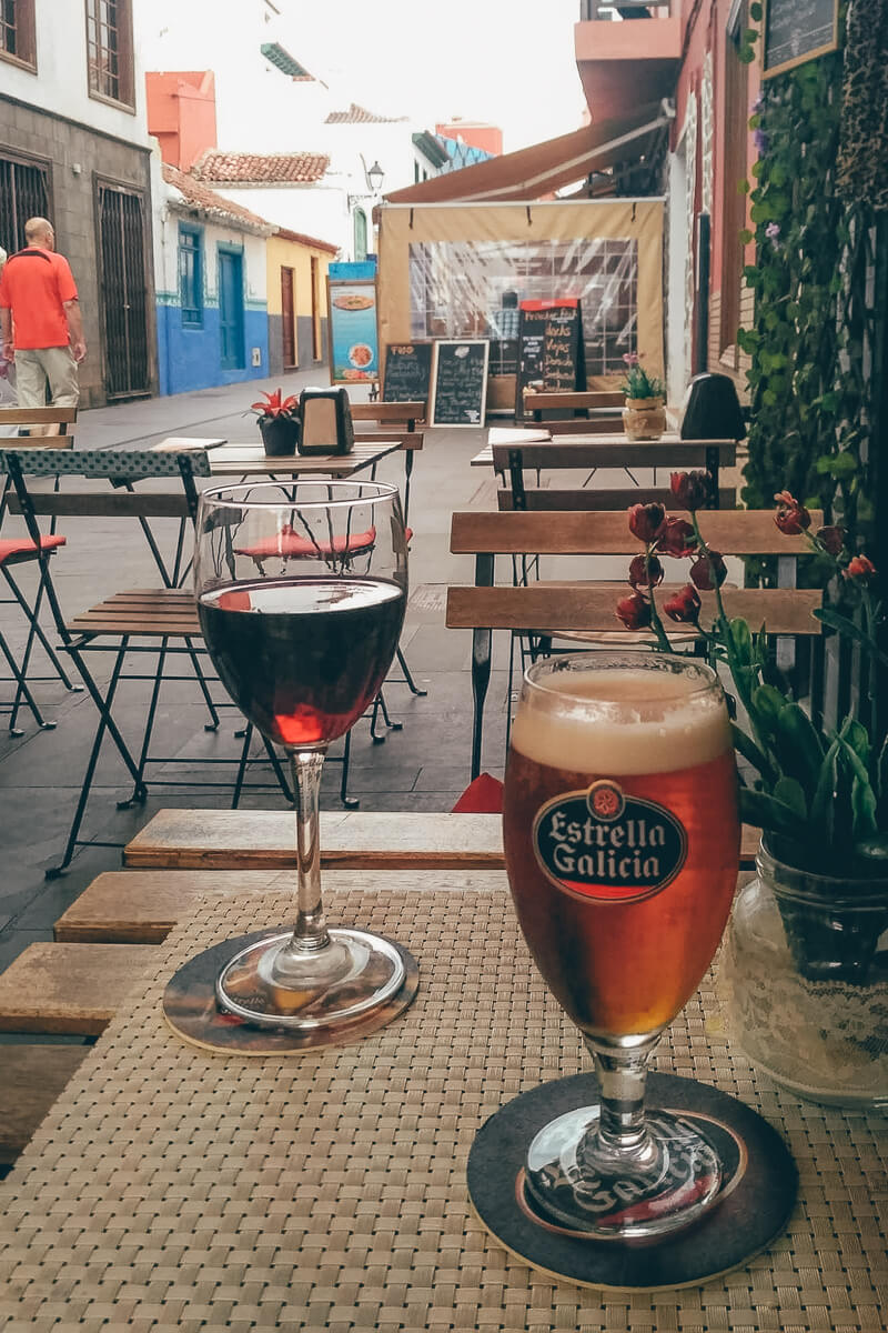 Vino Tinto in Tenerife, Spain