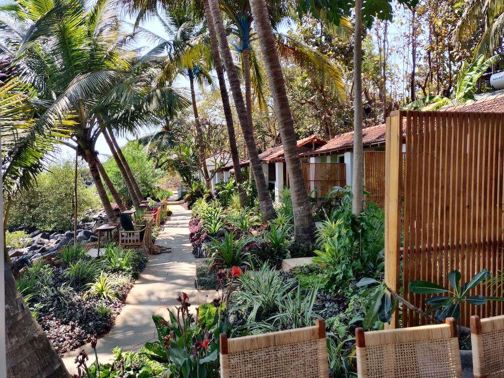 Casa Jaali Gardens