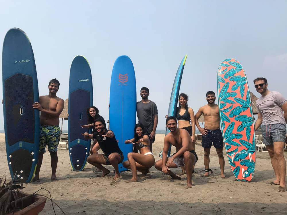 Morjim Surfing