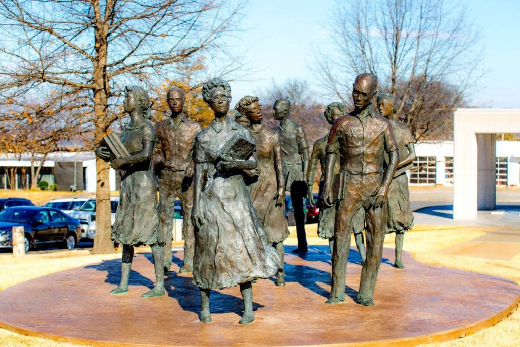 Monument to the Little Rock Nine, AR