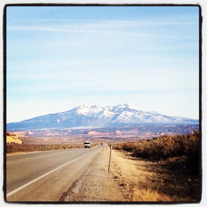 omni, india, expat, driving in india, desert, mountain, road trip
