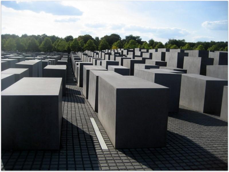 walking tour, sightsee, tourist, berlin, germany, europe, babelplatz, holocaust, berlin wall