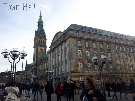 luxury guide to hamburg germany backpackers boutique, town hall hamburg